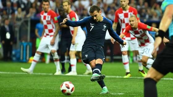 Griezmann vẫn hy vọng thắng Quả bóng vàng của France Football ảnh 1