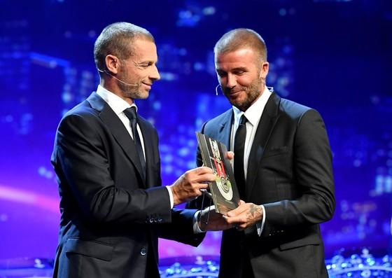 Luka Modrid được vinh danh khi Real Madrid quét sạch mọi giải thưởng ảnh 5