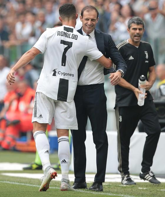 Cristiano Ronaldo ghi cú đúp giúp Juventus đánh bại Sassuolo ảnh 5