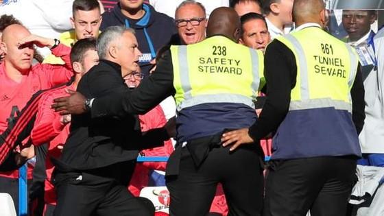 (TRỰC TIẾP): Chelsea - Man United: Không thèm phong tòa Eden Hazard ảnh 5