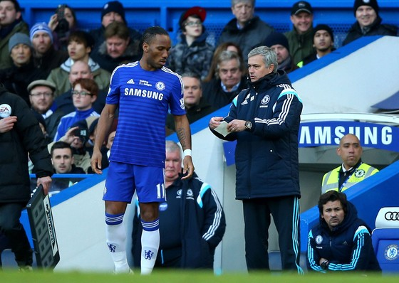 Huyền thoại Chelsea Didier Drogba tuyên bố giải nghệ ảnh 2