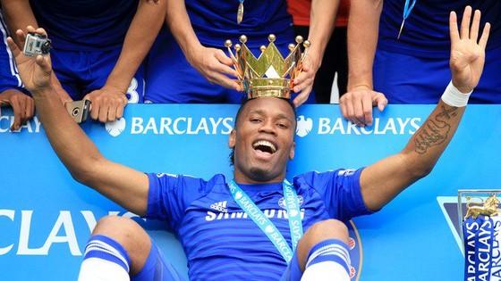 Huyền thoại Chelsea Didier Drogba tuyên bố giải nghệ ảnh 3