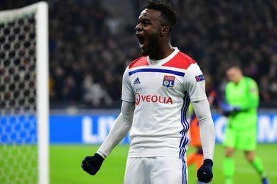Lyon lại tiếc 3 lần đánh rơi chiến thắng
