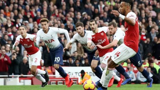 Arsenal - Tottenham 4-2: Màn trình diễn kinh hoàng ở Emirates ảnh 2
