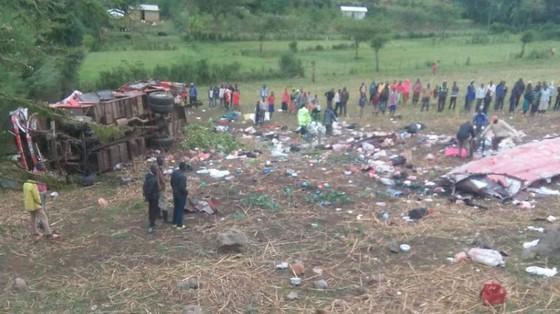 Ít nhất 42 người thiệt mạng, 10 người bị thương trong vụ tai nạn xe buýt tại Kenya ảnh 1