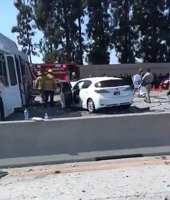 Đâm xe liên hoàn tại Los Angeles, khoảng 40 người bị thương ảnh 4