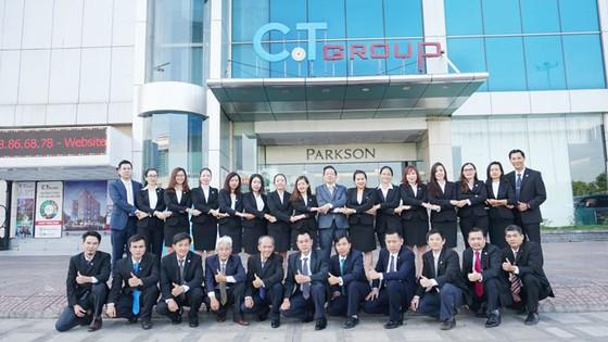 C.T Group đón nhận Huân chương Lao động hạng Nhì tại Lễ tổng kết 2017 ảnh 2