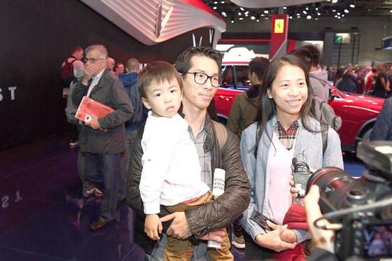 Cộng đồng người Việt đến Paris xem xe VinFast  ảnh 7