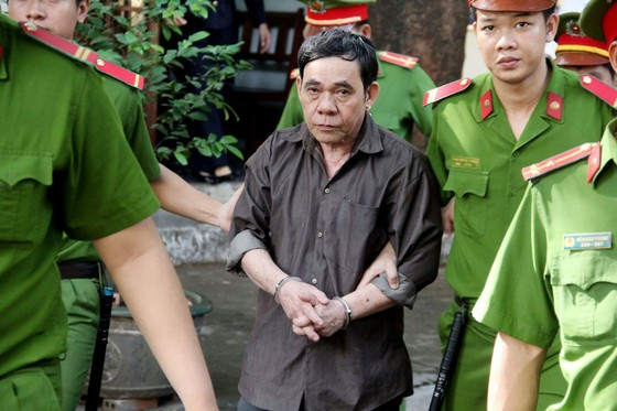 Tham ô tài sản, nguyên Trưởng Ban Bồi thường giải phóng mặt bằng quận Tân Phú lãnh án tử hình ảnh 1
