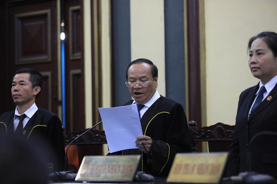 Nguyên Phó Thống đốc Ngân hàng Nhà nước Đặng Thanh Bình lãnh 3 năm tù ảnh 1