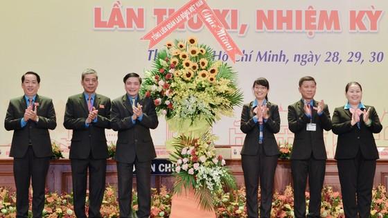 """Bí thư Thành ủy TPHCM Nguyễn Thiện Nhân:  """"Tự ái"""" khi năng suất lao động còn thấp so với thế giới ảnh 3"""