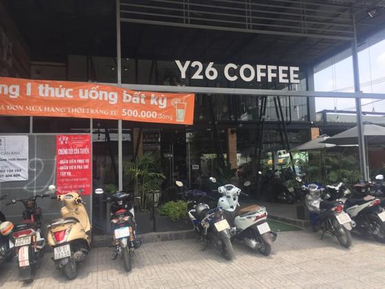 Hai nhóm thanh niên hỗn chiến giữa trưa ở quán cà phê ảnh 2