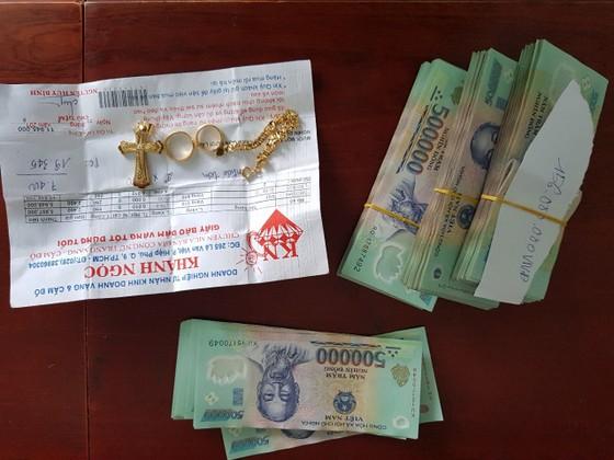 Bắt bảo vệ trộm gần 1,5 tỷ đồng ở chung cư cao cấp tại TPHCM  ảnh 4