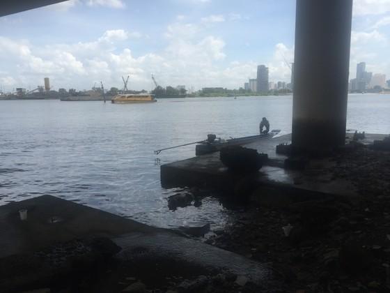 Phát hiện thi thể một nam thanh niên trên sông Sài Gòn ảnh 1