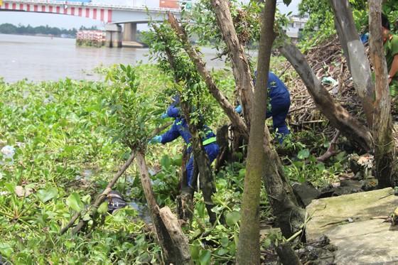 Phát hiện thi thể người đàn ông tử vong trôi trên sông Sài Gòn ảnh 1