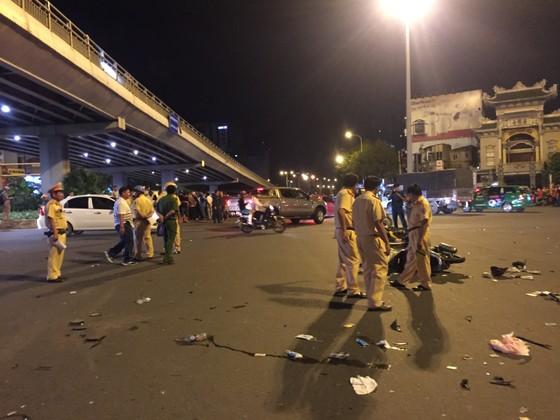 "Khởi tố, bắt tạm giam nữ tài xế xe ""điên"" gây tai nạn kinh hoàng tại ngã tư Hàng Xanh ảnh 1"