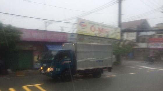 Bão số 9 khiến TPHCM mưa tầm tã không ngớt, nhiều đường ngập nặng ảnh 3