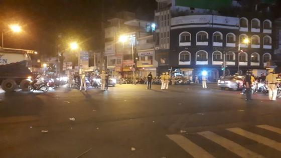 """""""Đi bão"""" sau trận thắng của đội tuyển Việt Nam, 55 trường hợp bị xử phạt ảnh 1"""