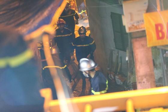 Danh tính 2 nạn nhân trong vụ cháy trên đường Đê La Thành ảnh 1