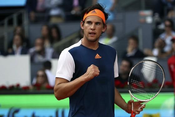 """Dominic Thiem xuất sắc """"báo thù"""" Rafael Nadal"""
