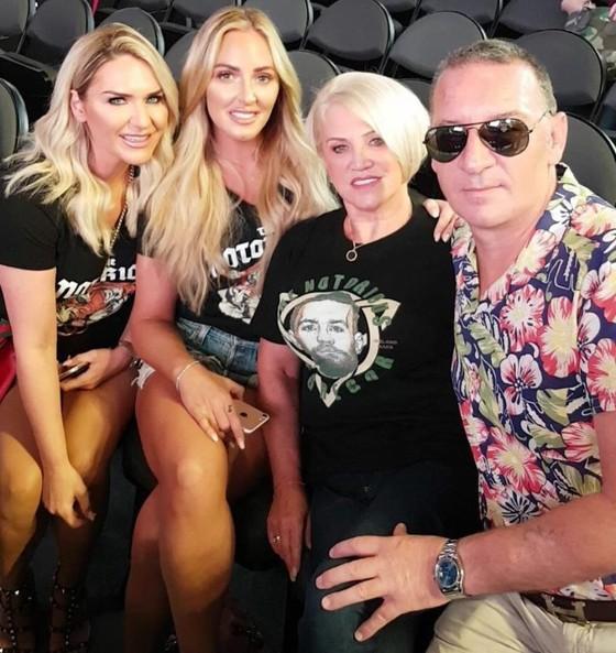 McGregor cho gia đình nghỉ dưỡng kiểu xa xoa ảnh 3