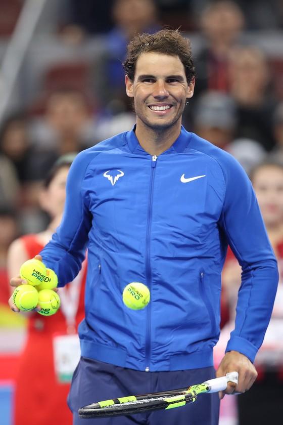Nadal thảnh thơi vào tứ kết ảnh 1