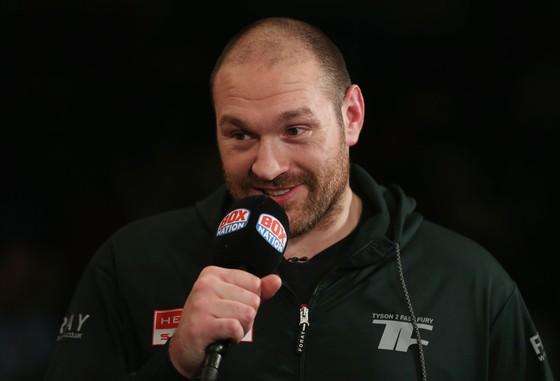 Tyson Fury hứa hẹn 3 trận đấu lớn trong năm 2018