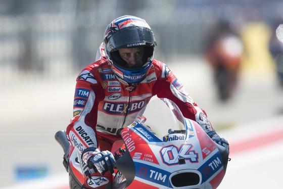 Vô địch Japanese Grand Prix, Dovizioso giành chiến thắng thứ 5 trong mùa ảnh 1