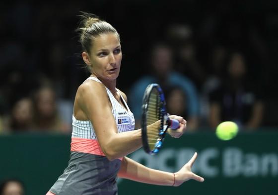 Karolina Pliskova đã hủy diệt Venus Williams với điểm số 6-2, 6-2