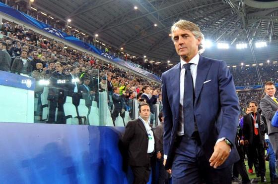 Áp lực ở Zenit đang đè nặng lên vai Mancini