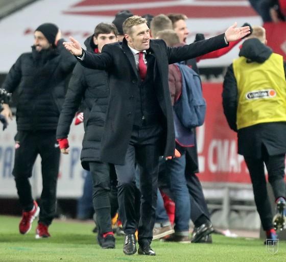 Giải Ngoại hạng Nga - Zenit thua thảm Spartak, Mancini ăn sinh nhật buồn ảnh 1