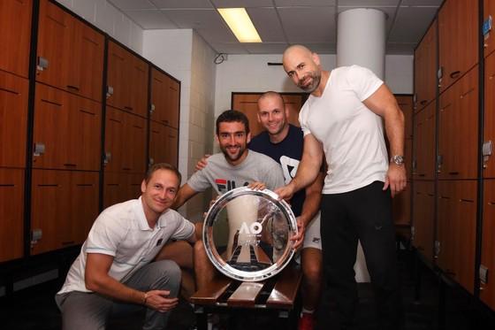 Dư âm Australian Open: BTC thiên vị Federer hay Cilic đổ thừa hoàn cảnh? ảnh 1