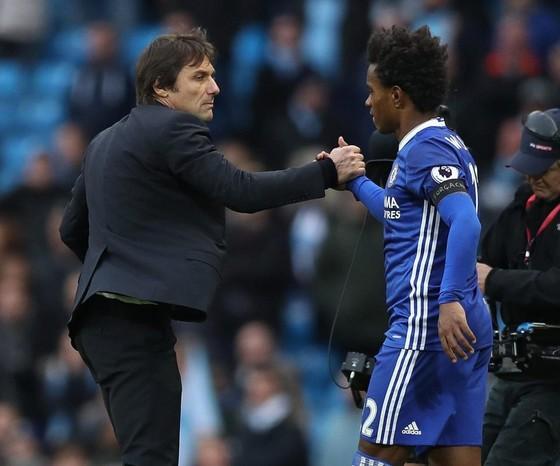 Một ngày trước đại chiến MU – Chelsea: Willian cảnh báo đối thủ, rằng anh sẵn sàng lập hattrick ảnh 1