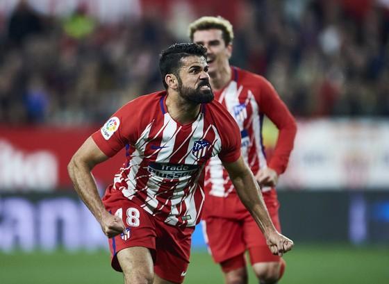 Morata tịt ngòi 10 trận liên tiếp, Costa ghi bàn thứ 46 cho Atletico ảnh 1