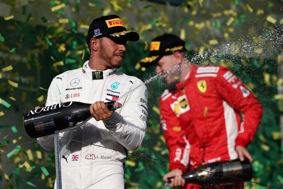 Đua xe F1: Hamilton muốn lập kỷ lục ở Bahrain Grand Prix ảnh 2