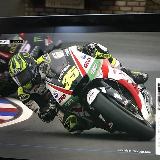 Đua xe mô tô: Marquez tông ngã Rossi, Crutchlow đăng quang ở Argentina ảnh 1