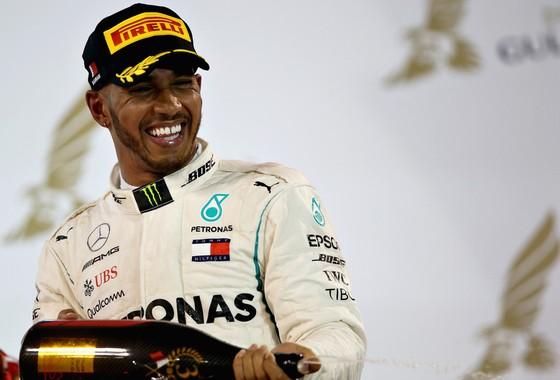 Đua xe F1: Vettel thắng chặng thứ 200, Hamilton chửi mắng Verstappen ảnh 3