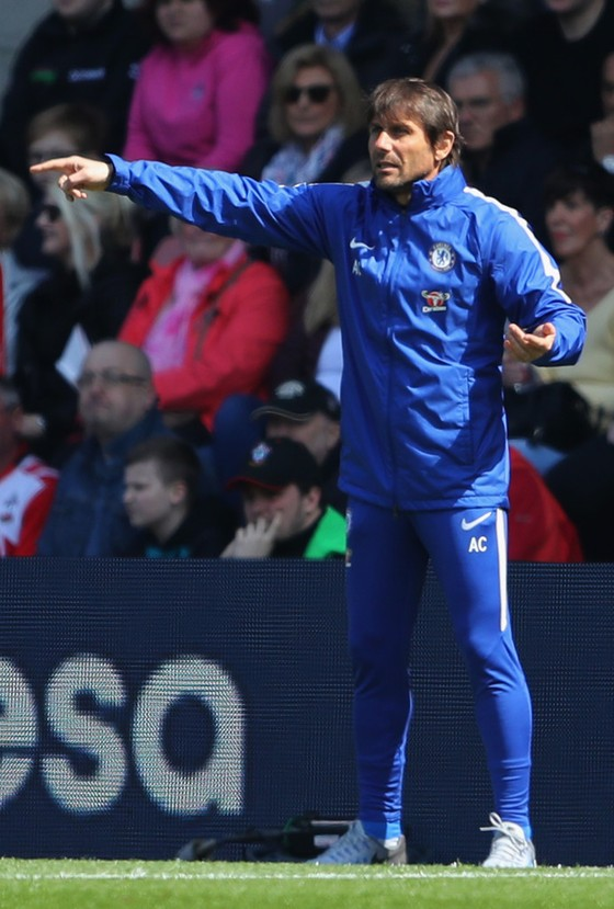 Chelsea – Hãy chơi bóng đi, đừng toan tính nữa! ảnh 1