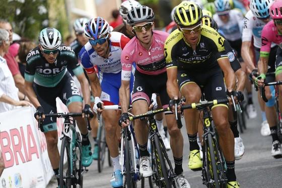 Giro d'Italia 2018: Simon tiếp tục thống trị đường đua ảnh 2