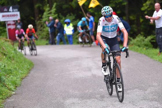 Giro d'Italia 2018: 28 giây – cách biệt mong manh ảnh 1