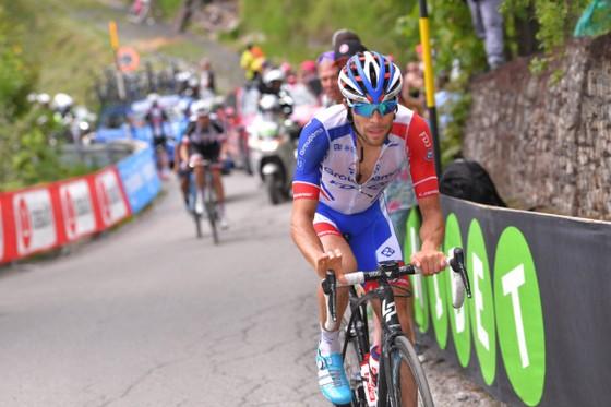 Thibaut Pinot hoàn toàn kiệt sức vì Giro d'Italia