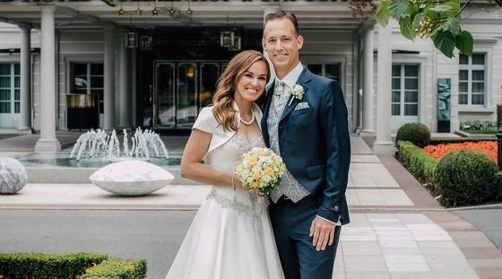 Hingis và chồng trong đám cưới