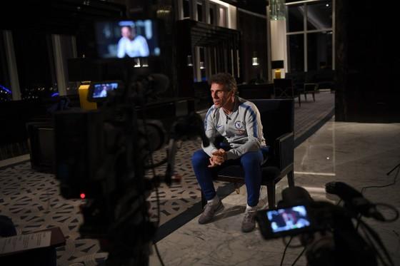 Gianfranco Zola trong một buổi trả lời phỏng vấn