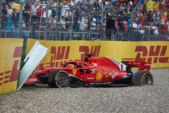 Đua xe F1: Tận dụng sai lầm của Vettel, Hamilton đăng quang German Grand Prix ảnh 1
