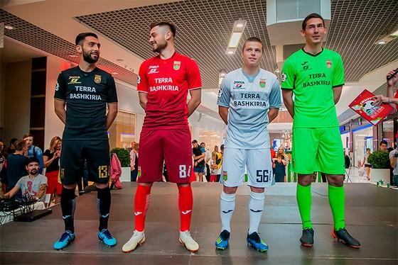 Các CLB Nga công bố đồng phục mới tham dự RFPL ảnh 2