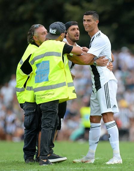 Chọc thủng lưới Juventus, Ronaldo ghi bàn đầu tiên cho… Juventus ảnh 12