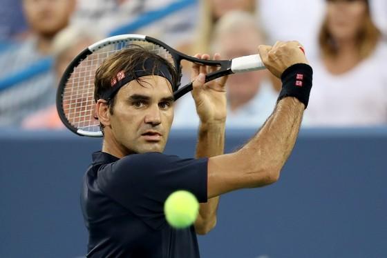 """""""Vương Long"""" Roger Federer"""