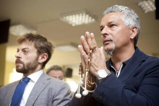 """10 điều chưa biết về """"Tóc đuôi ngựa thần thánh"""" Roberto Baggio ảnh 3"""