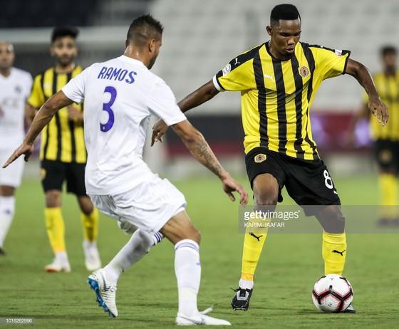 Samuel Eto'o: Ghi bàn đầu tiên cho Qatar SC ở QSL bằng… một pha đánh gót ảnh 7
