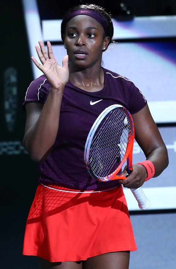 WTA Finals 2018: Svitolina và Stephens vào chung kết ảnh 1